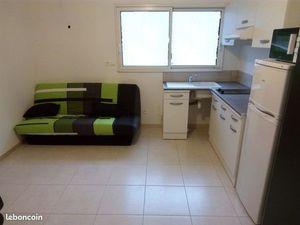 Logement meublé de 18 m²  650 toutes charges comprises