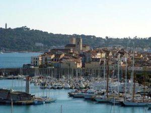Commerce à vendre Antibes VIEIL ANTIBES 45 m2 Alpes Maritimes (06600)