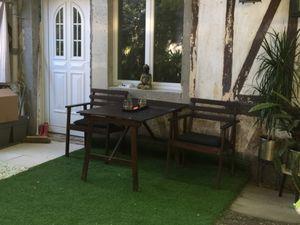 Un studio privatif de 15 m² refait à neuf dans une maison avec un jardin. Vous trouverez d