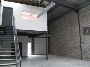 Location Entrepôt Gémenos (Bouches-du-Rhône 13) 150 m²