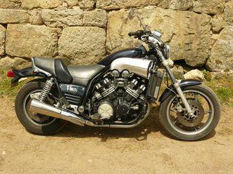 moto-yamaha-a-3900eur