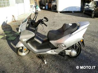 vendo wt motors miami 250 (2011