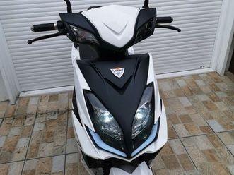 scooter-electrique-sportif-50cc-1050-euro-negociable
