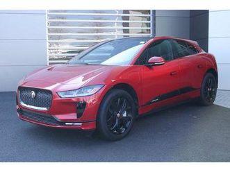 https://cloud.leparking.fr/2019/08/06/03/03/jaguar-i-pace-s-red_7008251549.jpg --