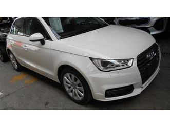 https://cloud.leparking.fr/2019/11/01/00/18/audi-a1-sportback-blanc_7225658616.jpg --