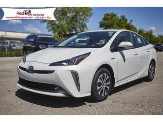 used 2019 toyota prius technology