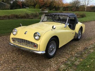 sports https://cloud.leparking.fr/2019/12/12/22/09/triumph-tr3-sports-jaune_7345426933.jpg --
