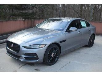 xe https://cloud.leparking.fr/2020/03/20/01/53/jaguar-xe-xe-grey_7501643793.jpg --