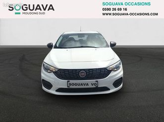 fiat tipo 1.4 easy https://cloud.leparking.fr/2020/05/13/00/30/fiat-tipo-fiat-tipo-1-4-easy-blanc_7600567581.jpg --