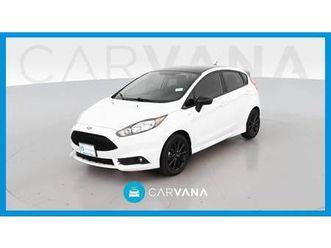 st line hatchback https://cloud.leparking.fr/2020/06/30/13/43/ford-fiesta-st-line-hatchback-white_7660597446.jpg --