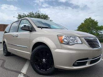 2012-chrysler-town-country-touring-l