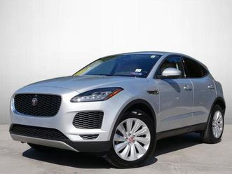 se https://cloud.leparking.fr/2020/09/15/00/53/jaguar-e-pace-se-grey_7768010315.jpg --