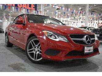 https://cloud.leparking.fr/2020/10/01/15/34/mercedes-e-class-cabriolet-e-350-cabriolet-rwd-red_7793639031.jpg --