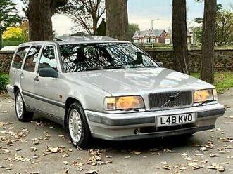 1993 volvo 850 se 2.0 20v auto estate. 84,000 miles. silver.
