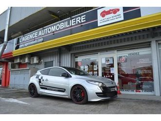 megane-iii-coupe-2-0-16v-250-rs-luxe