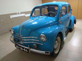 joaninha-renault-4-cv-ano-1952