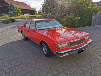 caprice 5.0 v8 brougham sedan