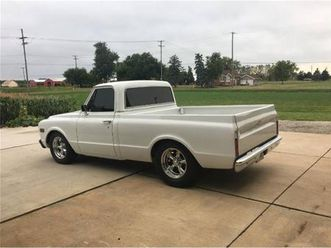 for sale: 1968 chevrolet c10 in cadillac, michigan
