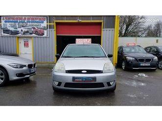 ford-fiesta-v-1-3i-5-portes-garantie-reprise-possible-1-990-euros