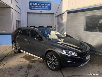 volvo-v60-cross-country-2-0-d3-geartronic-summum