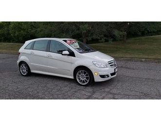 used-2009-mercedes-benz-b-class-panoramic-sunroof-heated-seats-power-options