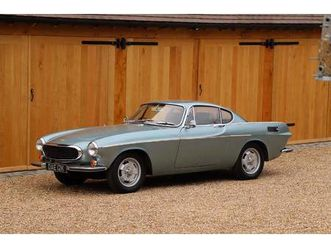 volvo-p1800e-1971-blue-metallic-with-black-leather-interior-4-speed-with-overdrive