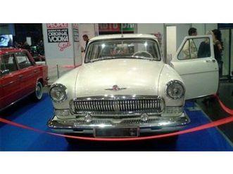 1964-volga-gaz-21-ex-kgb-staff-car-with-uniform
