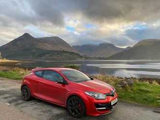 renault-megane-rs-275-cup-s-coupe-2016-manual-1998-cc-3-doors