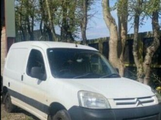 citroen-berlingo-car-derived-van-2008-manual-1560-cc