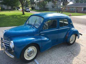 1960 renault 4cv 4 door sedan