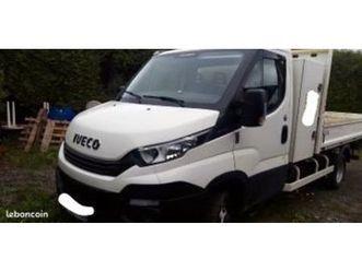 camion-benne-avec-coffre-iveco-daily-35c12