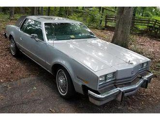 for sale: 1985 oldsmobile toronado in jonesboro , georgia