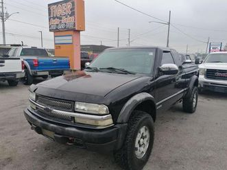 used-2001-chevrolet-s-10-ls-4x4-alloys-v6-as-is-special