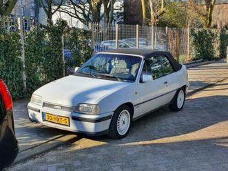 opel-kadett-2-0-gsi-cabrio-1988-wit