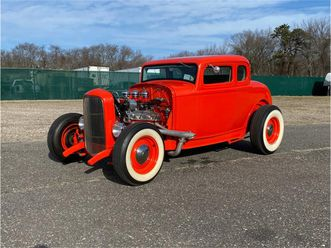 for sale: 1932 ford 5-window coupe in west babylon, new york https://photos.classiccars.com/cc-temp/listing/131/3163/19154468-1932-ford-5-window-coupe-std.jpg --
