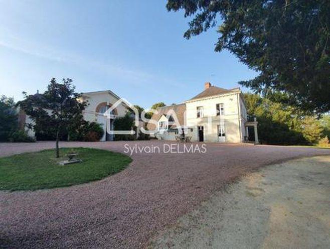 maison 12 pièces 410 m²