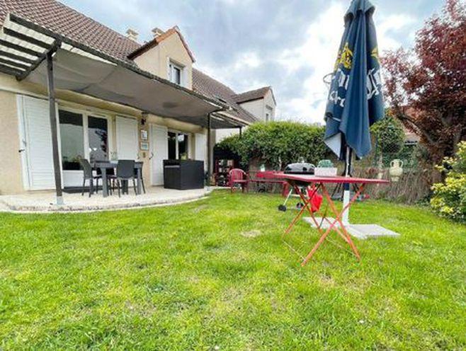 maison groslay 111 m² t-6 à vendre  404 250 €