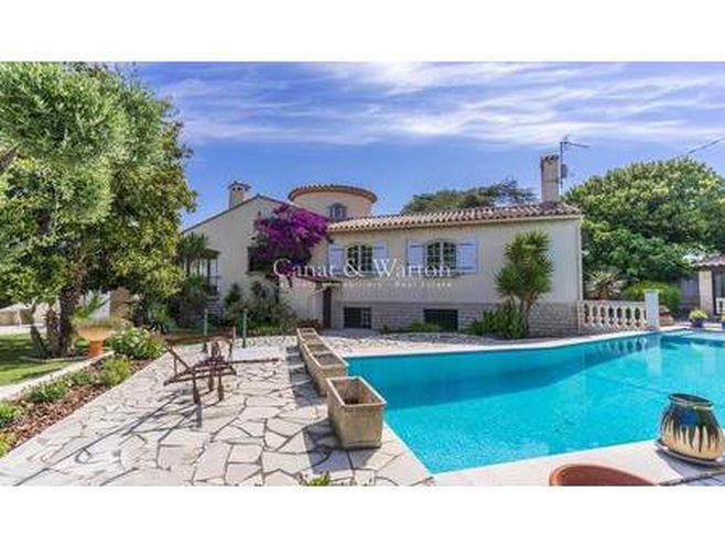 maison de prestige en vente à six-fours-les-plages : jolie villa provençale construite en
