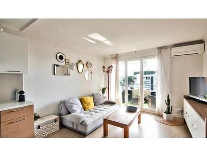 vente appartement 3 pièces 48m2 saint-laurent-du-var 06700 - 240000 € - surface privée