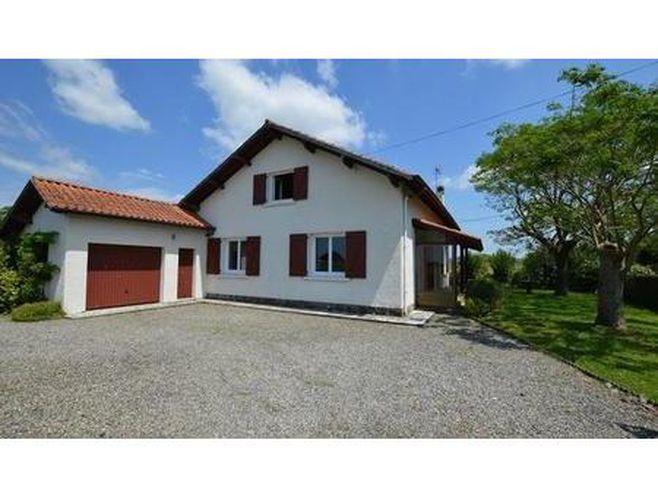 vente maison 6 pièces 114m2 sauveterre-de-béarn 64390 - 195000 € - surface privée