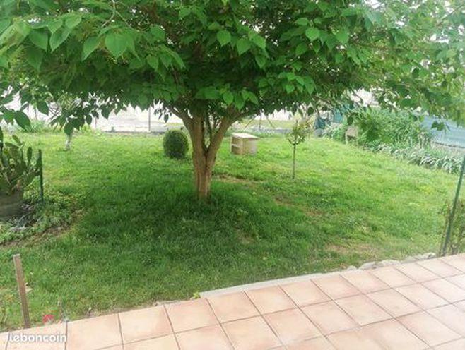 loue villa p4 bellegarde +jardin