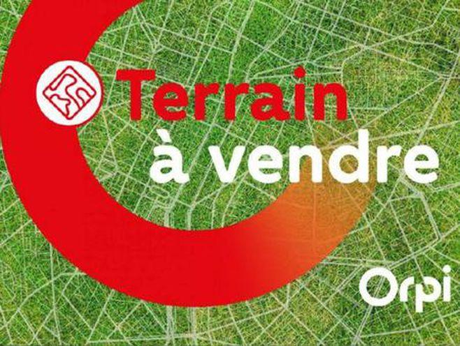 terrain 2430 m²