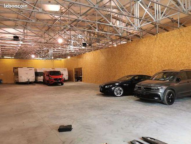 box garage grange hangar stockage hivernage bateau camping car voiture